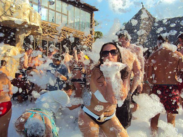 Подростково-молодежный отдых на о. Крит «Танцующий город» (цена 2020 г.),